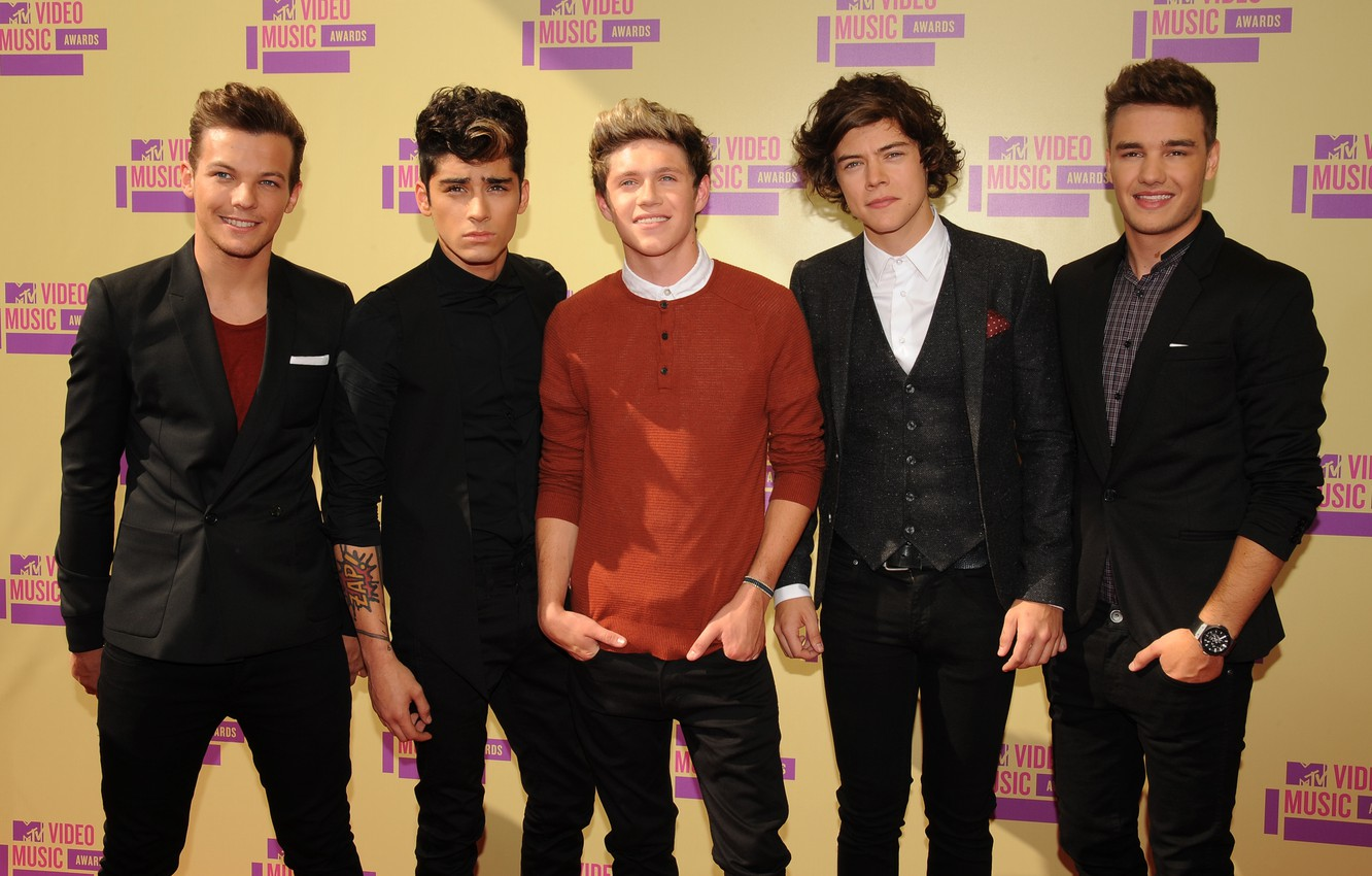 Photo Wallpaper Group, Harry Styles, One Direction, - One Direction Semi Formal - HD Wallpaper