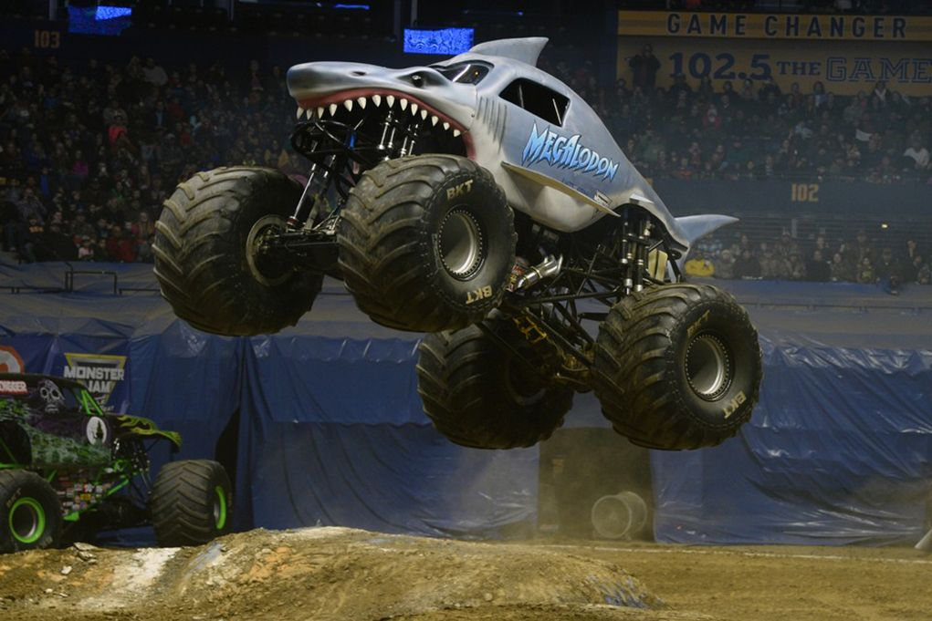 Monster Jam Megalodon Driver 1021x681 Wallpaper Teahub Io
