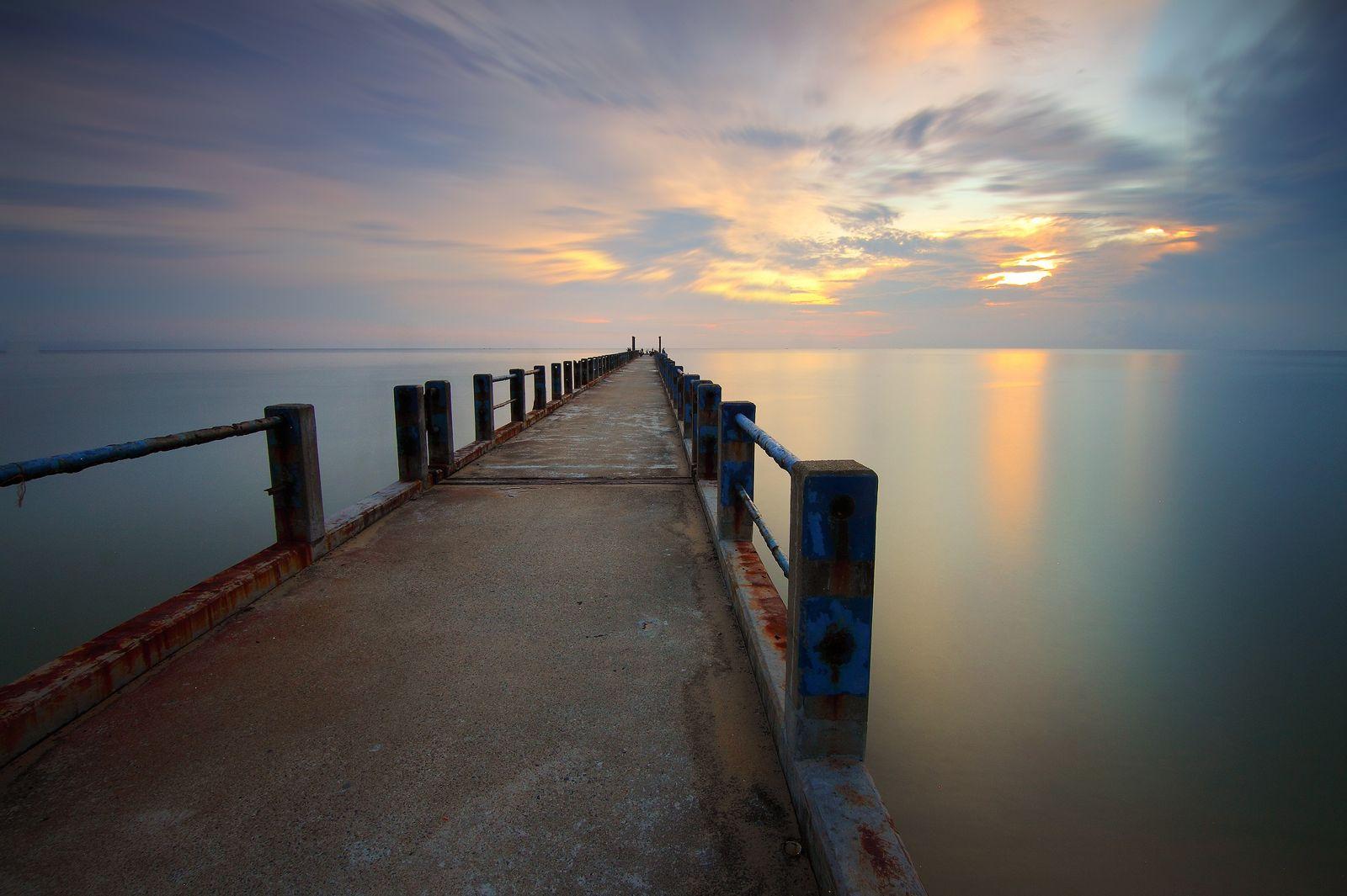 Water Sea Landscape Ocean Sunset Beach Sunrise Lake - Men Thinking Wallpaper Hd - HD Wallpaper
