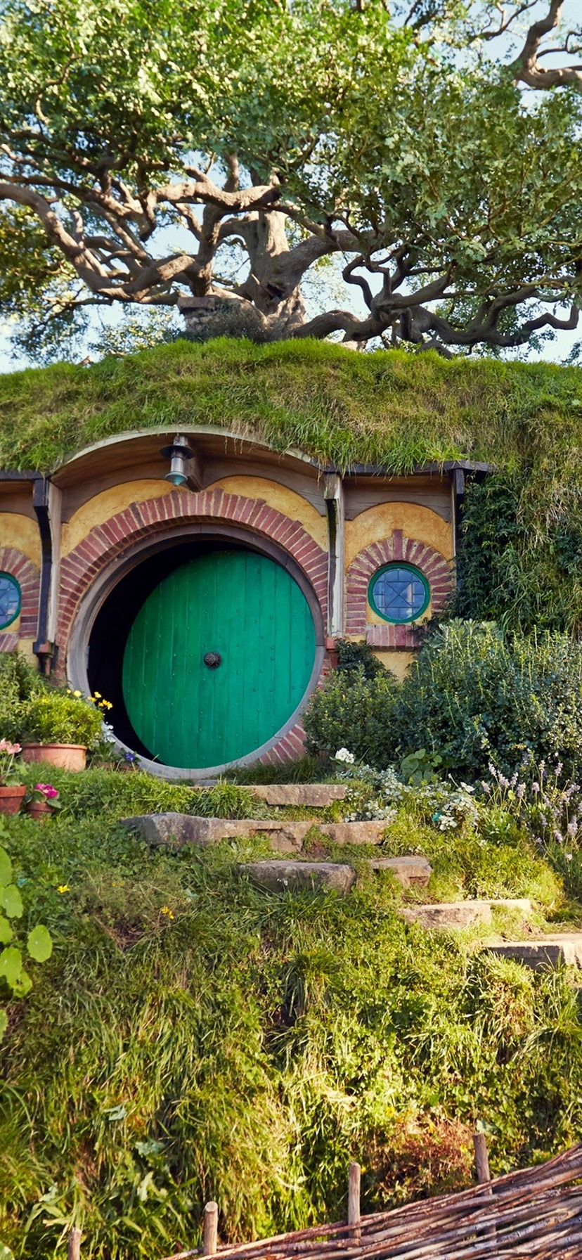 Iphone Wallpaper Hobbit House - New Zealand Northern - HD Wallpaper