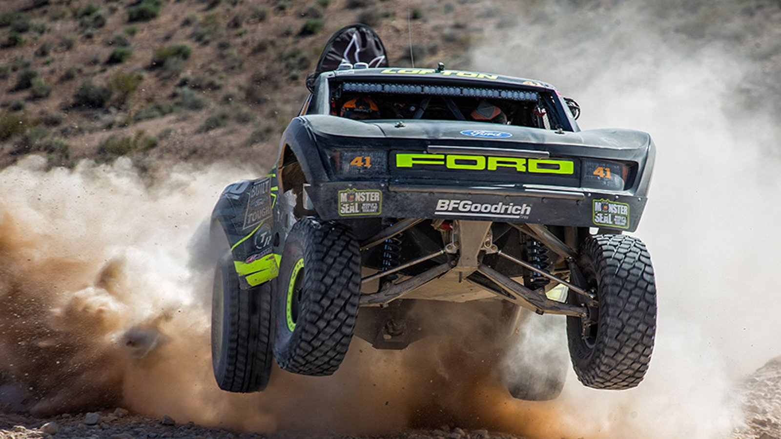 Building A Top Level Trophy Truck Ford Trophy Truck 1600x900 Wallpaper Teahub Io