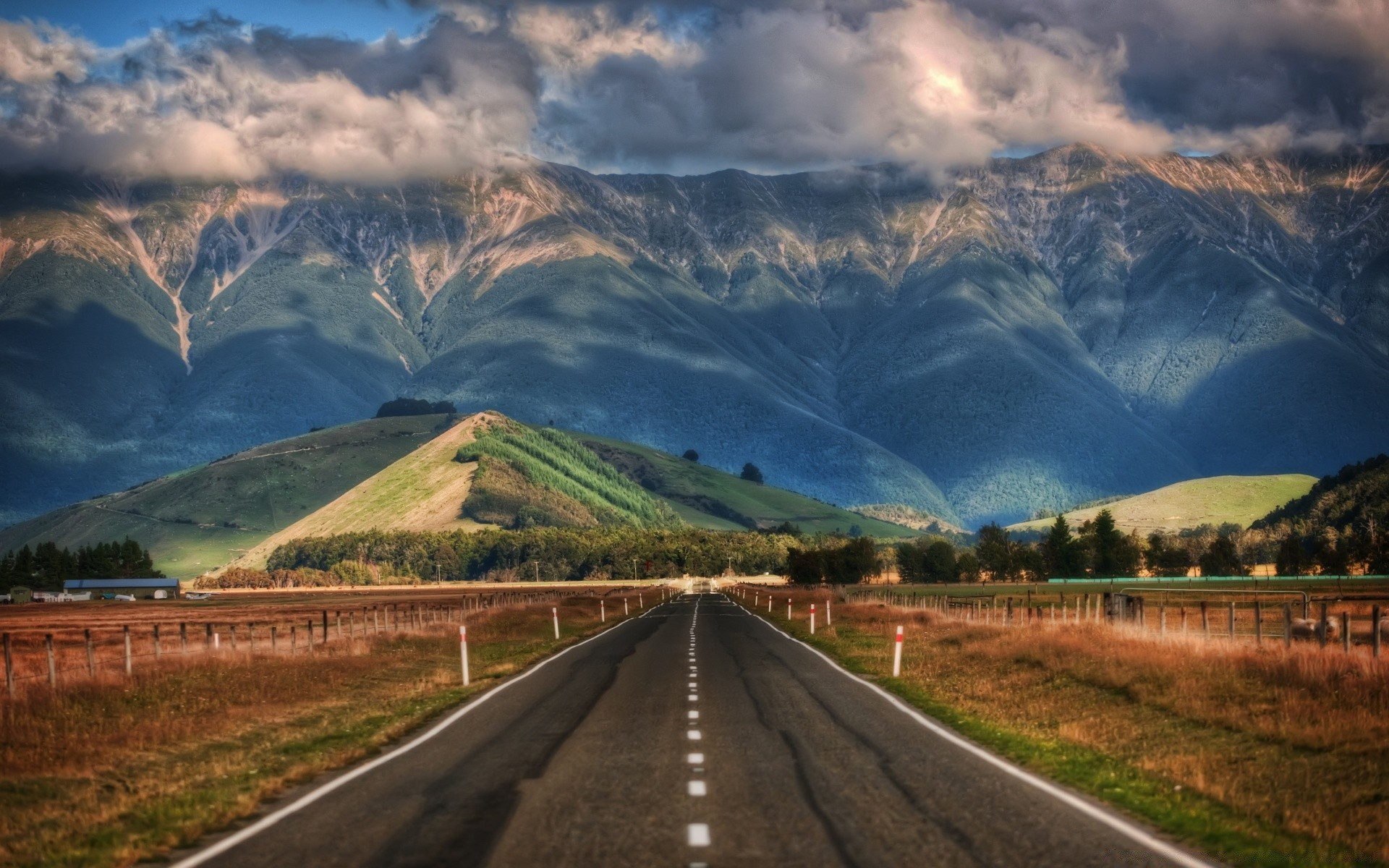 Australia And Oceania Travel Road Mountain Sky Landscape - New Zealand Road Mountains - HD Wallpaper