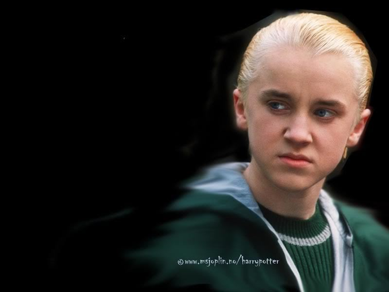Draco Malfoy - Mouth Boy From Harry Potter - HD Wallpaper
