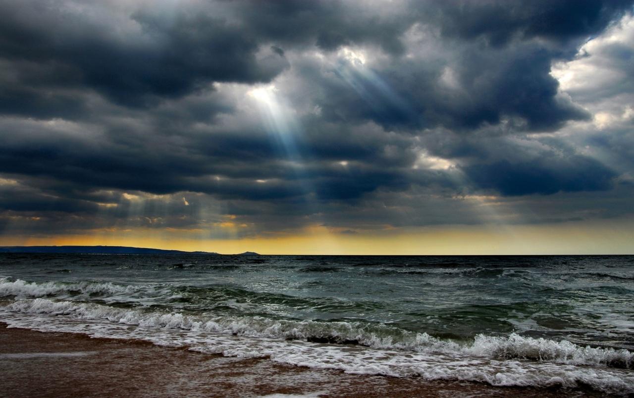 Ocean Stormy Clouds Sun Rays Wallpapers - Oil Paintings Art Landscape - HD Wallpaper