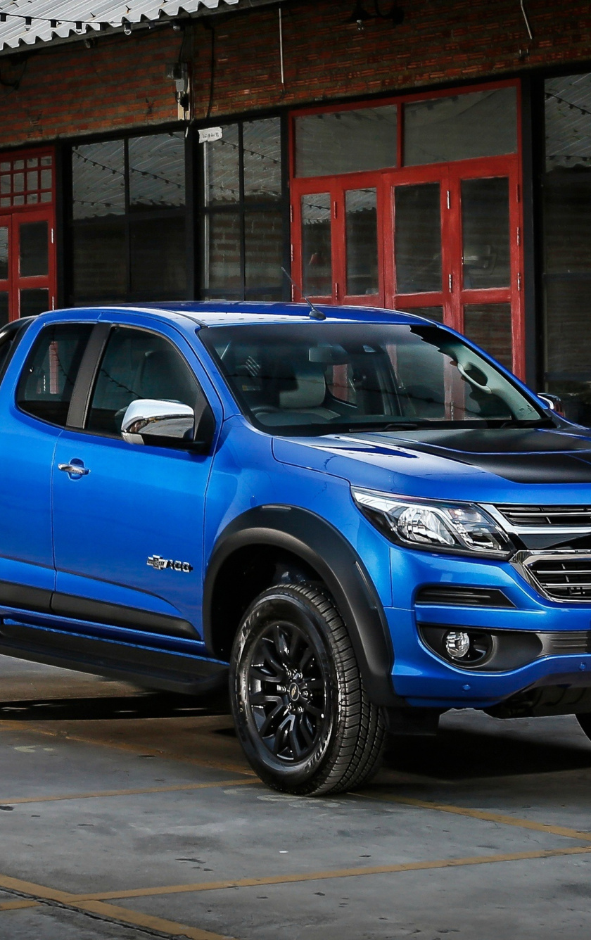 Chevrolet Colorado Blue Pickup Truck Wallpaper Chevrolet Colorado Wallpaper Smartphone 840x1336 Wallpaper Teahub Io