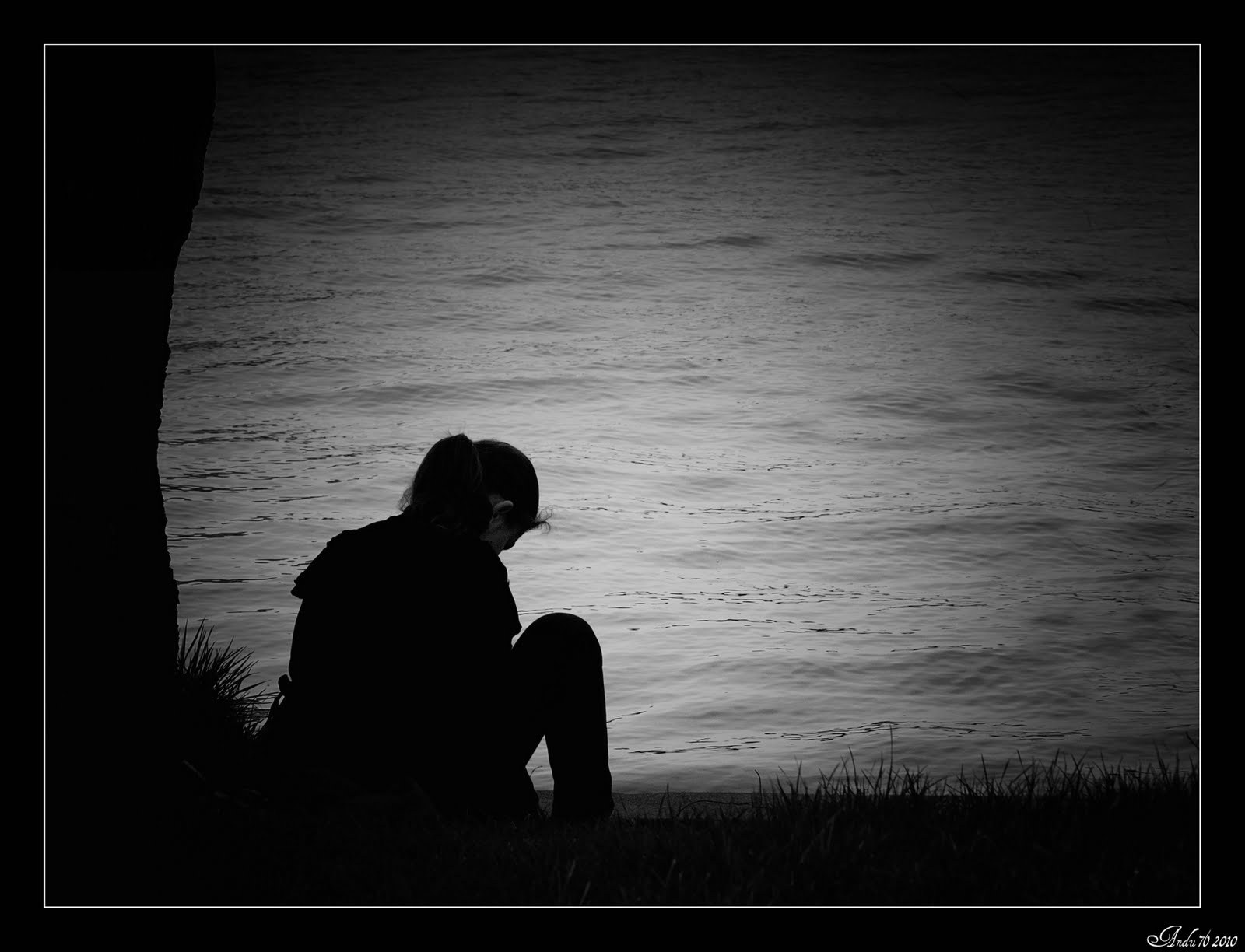Heart Touching Hd Sad Girl Wallpaper For Broken Heart - Lonely Quotes In Telugu - HD Wallpaper