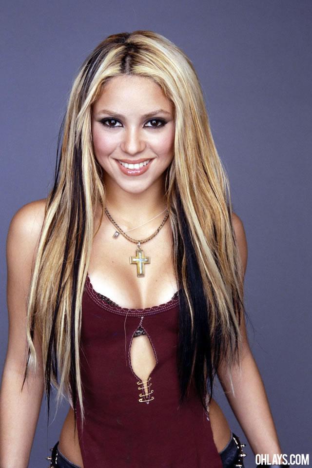 Shakira Pic Hwb314920 Shakira Wallpaper Iphone Hd 640x960 Wallpaper Teahub Io