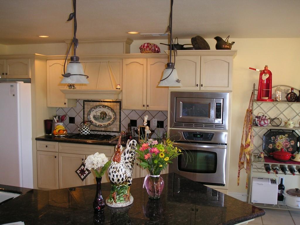Black And White Rooster Kitchen Decor 1024x768 Wallpaper Teahub Io
