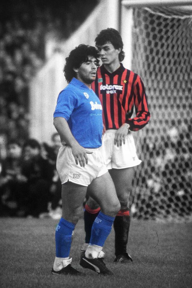 Maradona Maldini 640x960 Wallpaper Teahub Io