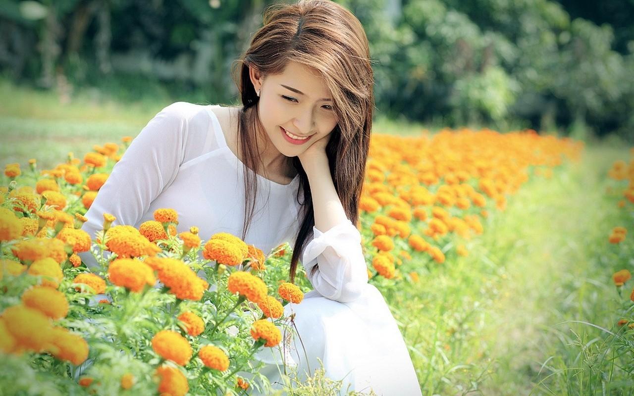 Beautiful Girl Hd Wallpaper - Beautiful Girls With Nature - HD Wallpaper
