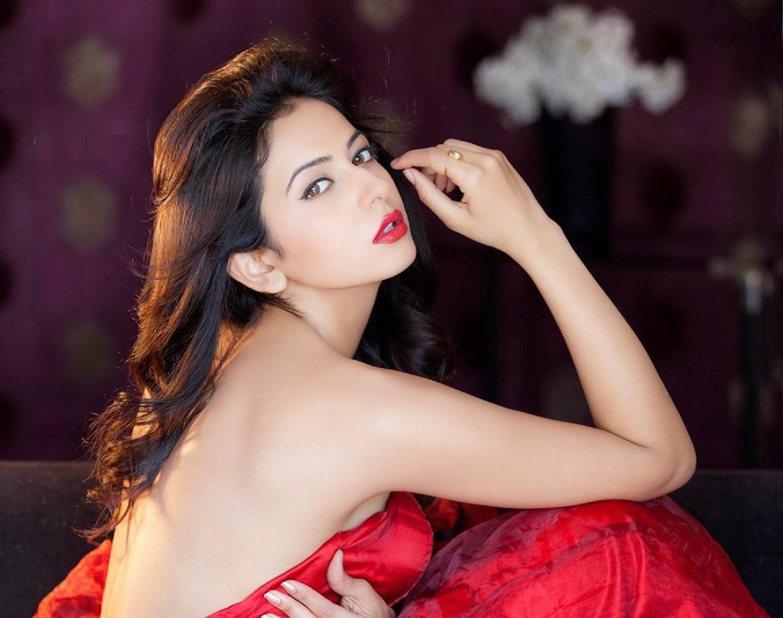 Beautiful Hot Actress Indian - HD Wallpaper