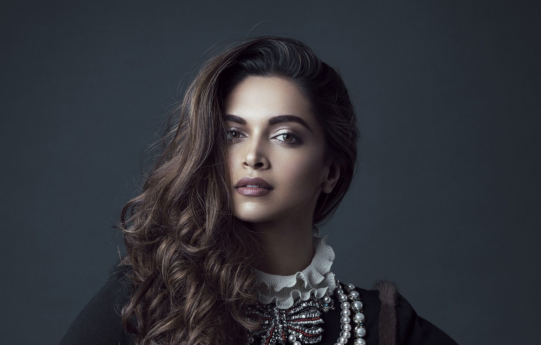 Photo Wallpaper Look, Girl, Face, Hair, Deepika Padukone ...