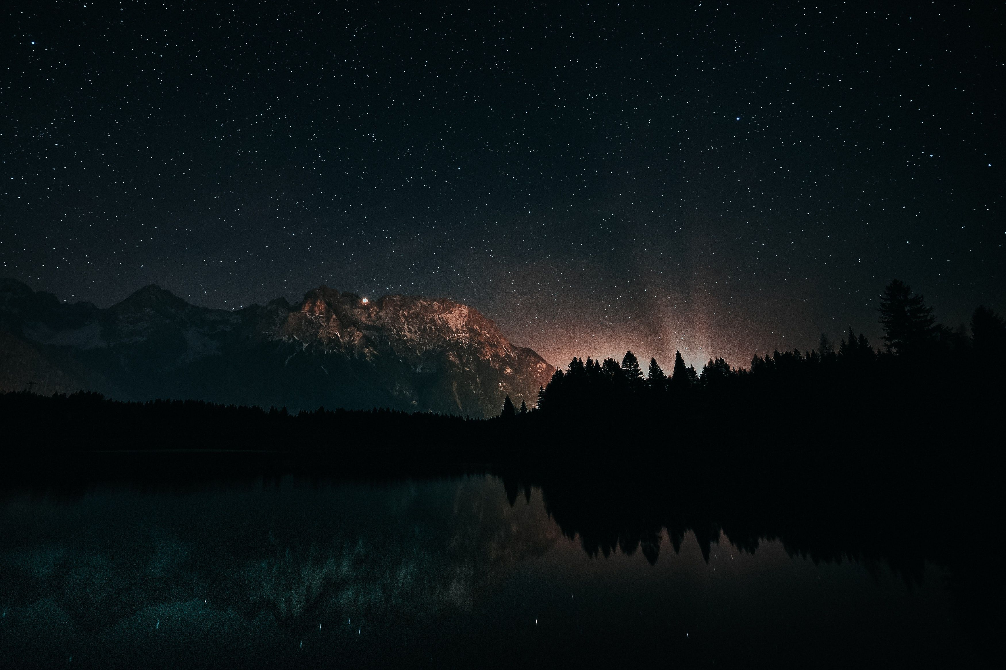 Beautiful Sky At Night Wallpaper Free Download - Beautiful Night Dark Wallpaper Hd - HD Wallpaper