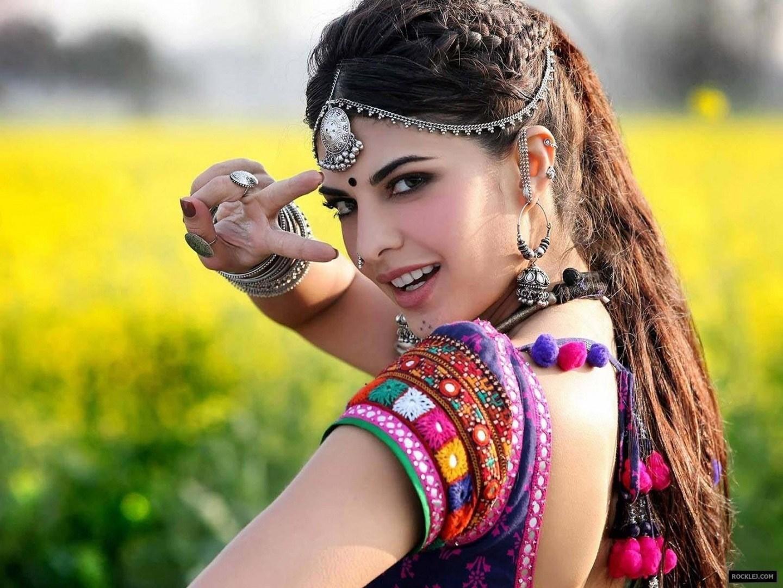 beautiful punjabi girls wallpapers and pictures one jackline hd 1440x1080 wallpaper teahub io beautiful punjabi girls wallpapers and