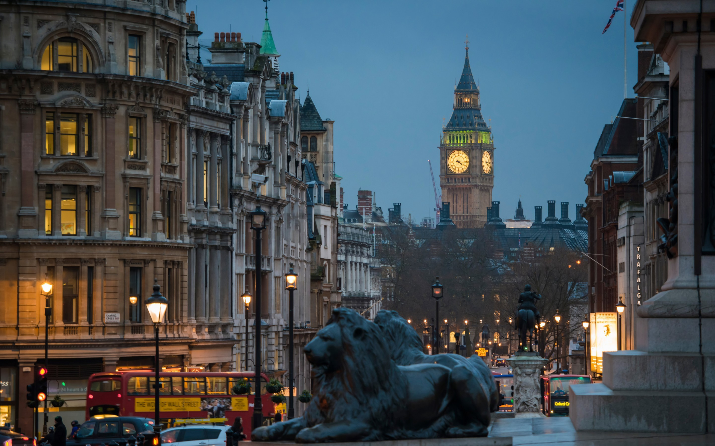 2880x1800, London In Night - London City Street Night - HD Wallpaper