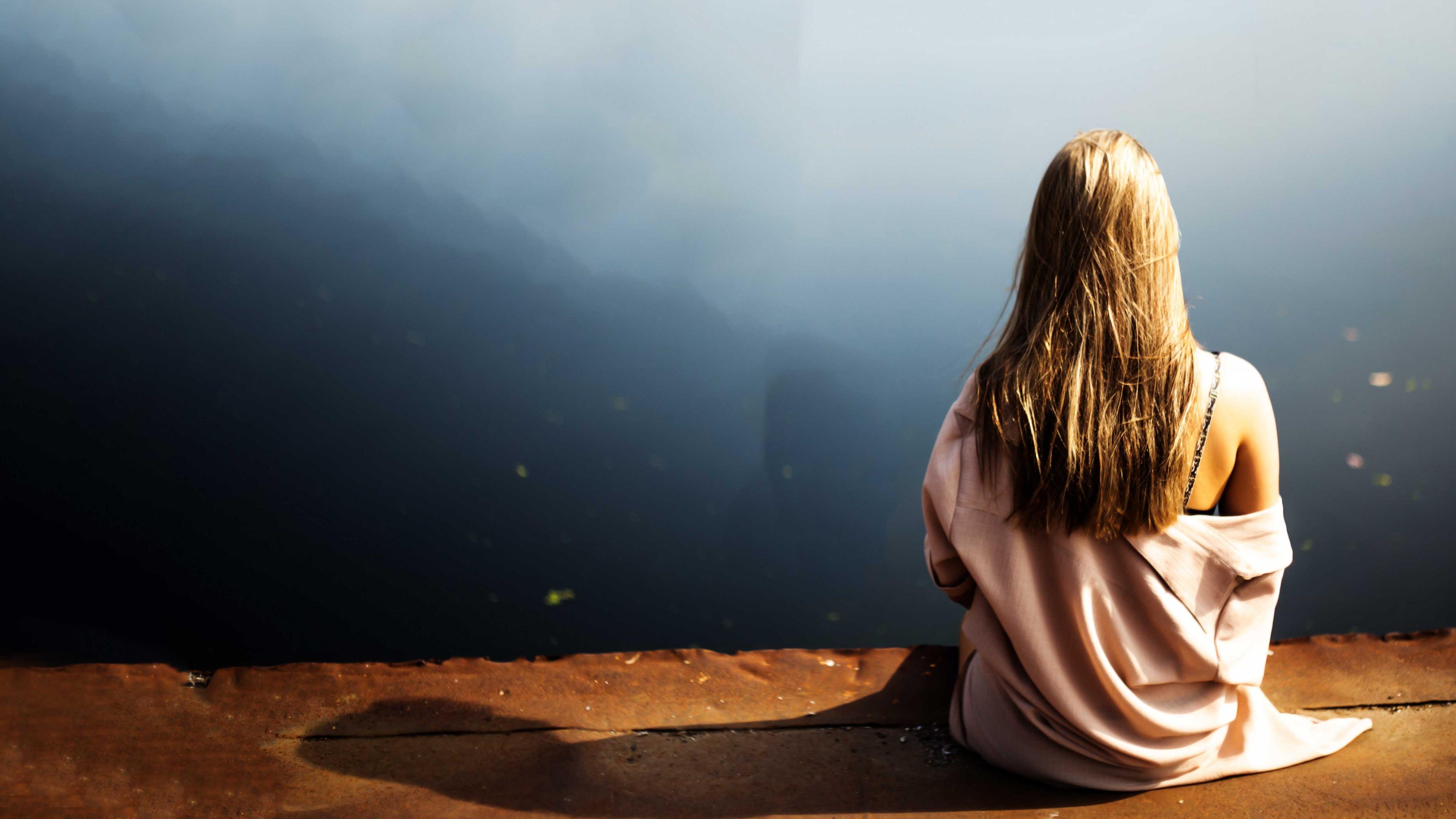 Alone Sad Girl Hq Desktop Wallpaper - Life Sad Status For Girls - HD Wallpaper