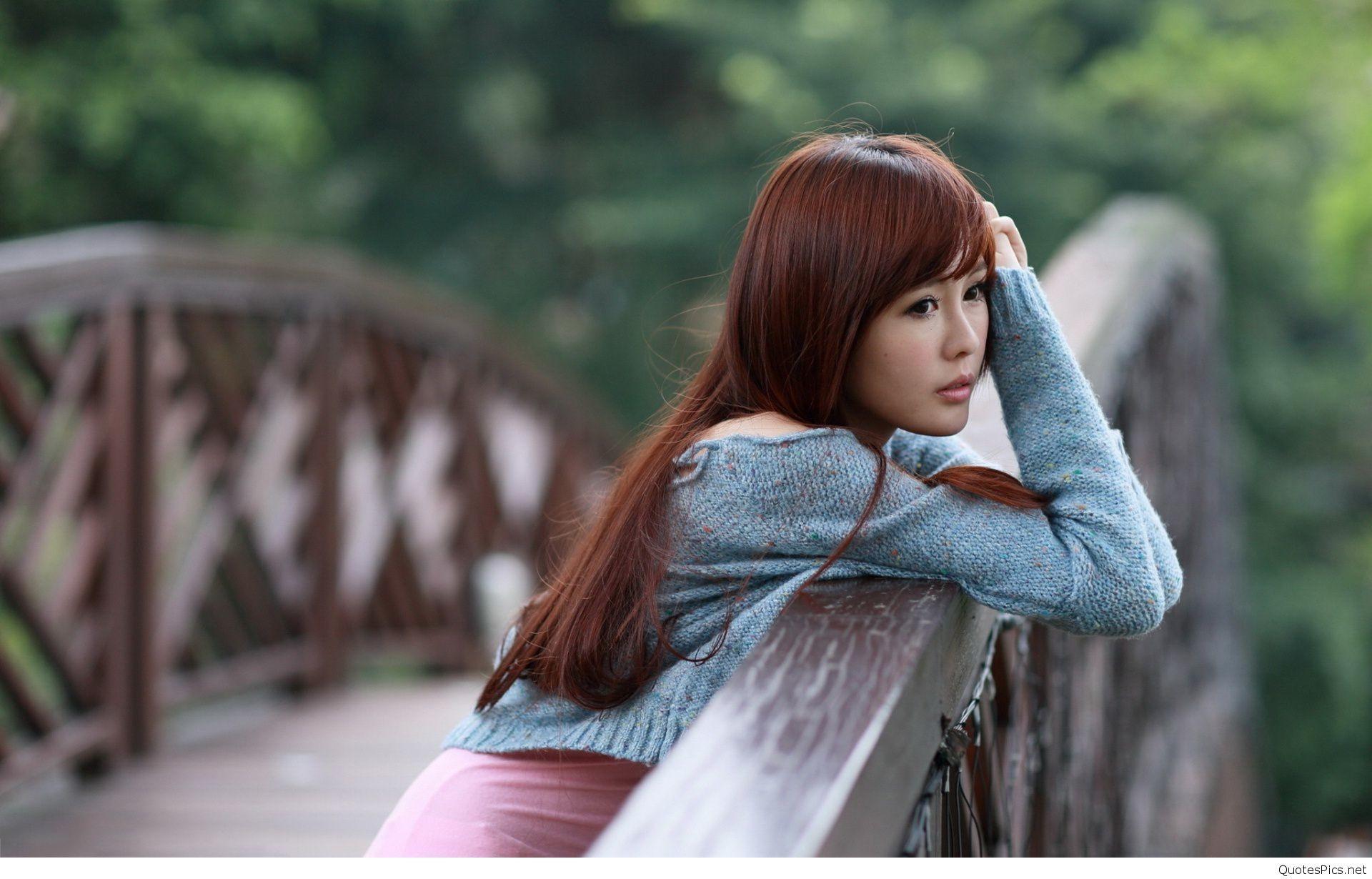 Sad Lonely Girl Wallpaper   Src Sad Girl Wallpapers - Cute Alone Girl Hd - HD Wallpaper