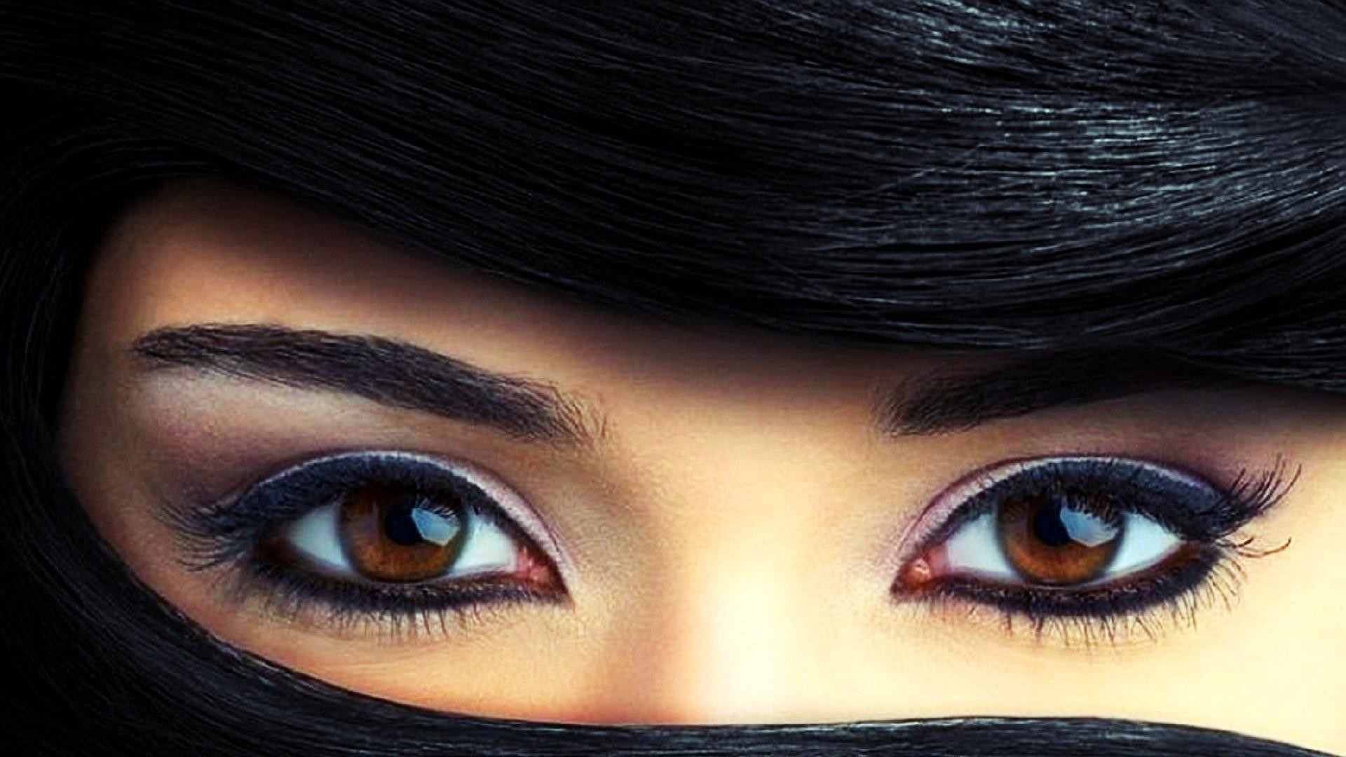 Beautiful Eyes Girl Wallpaper - Beautiful Eyes In Hijab - HD Wallpaper