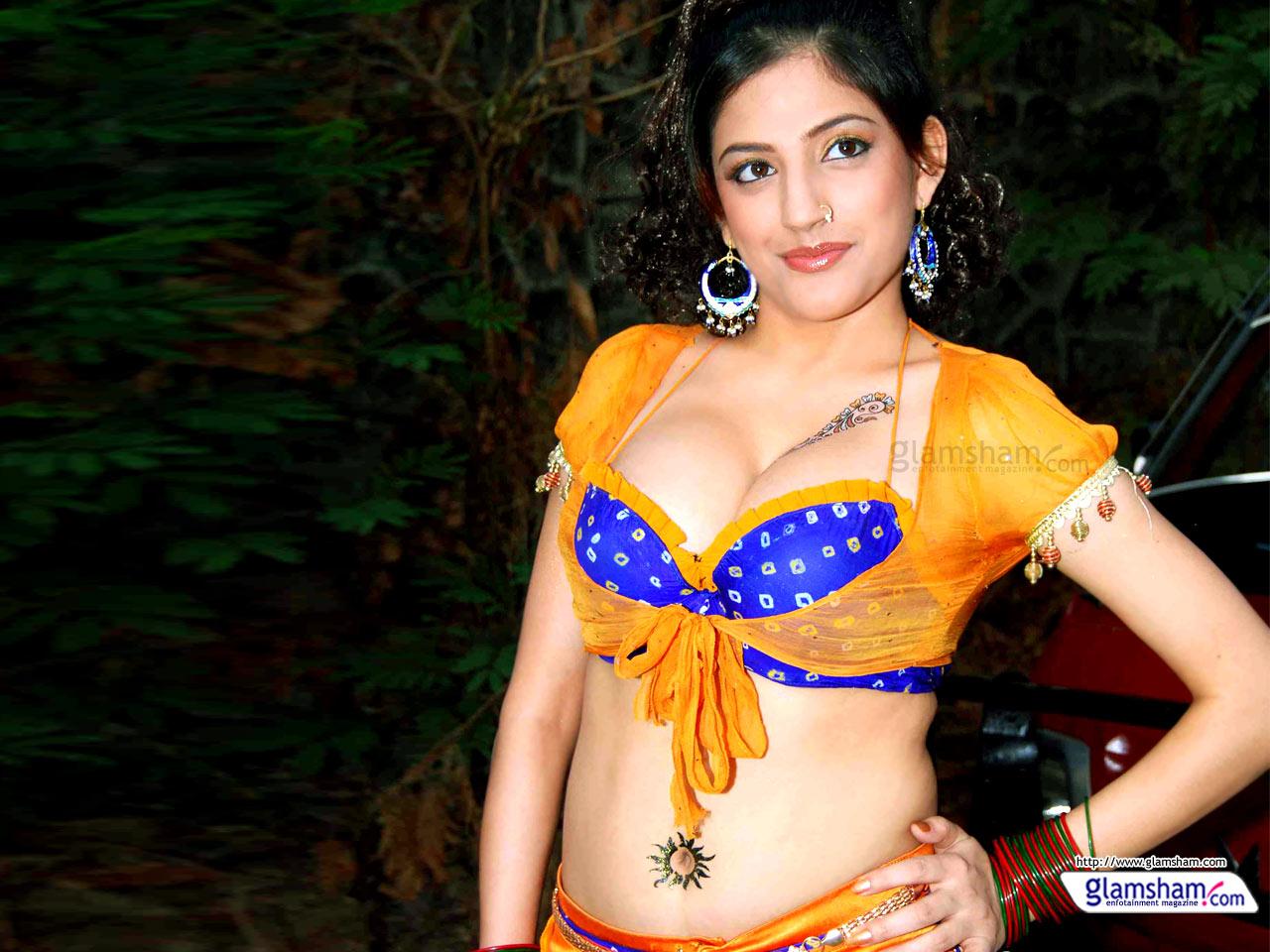 Hot India - Models Hot Images Indian - HD Wallpaper