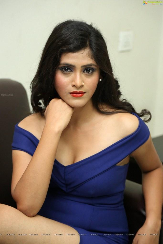 Hd South Indian Actress 683x1024 Wallpaper Teahub Io