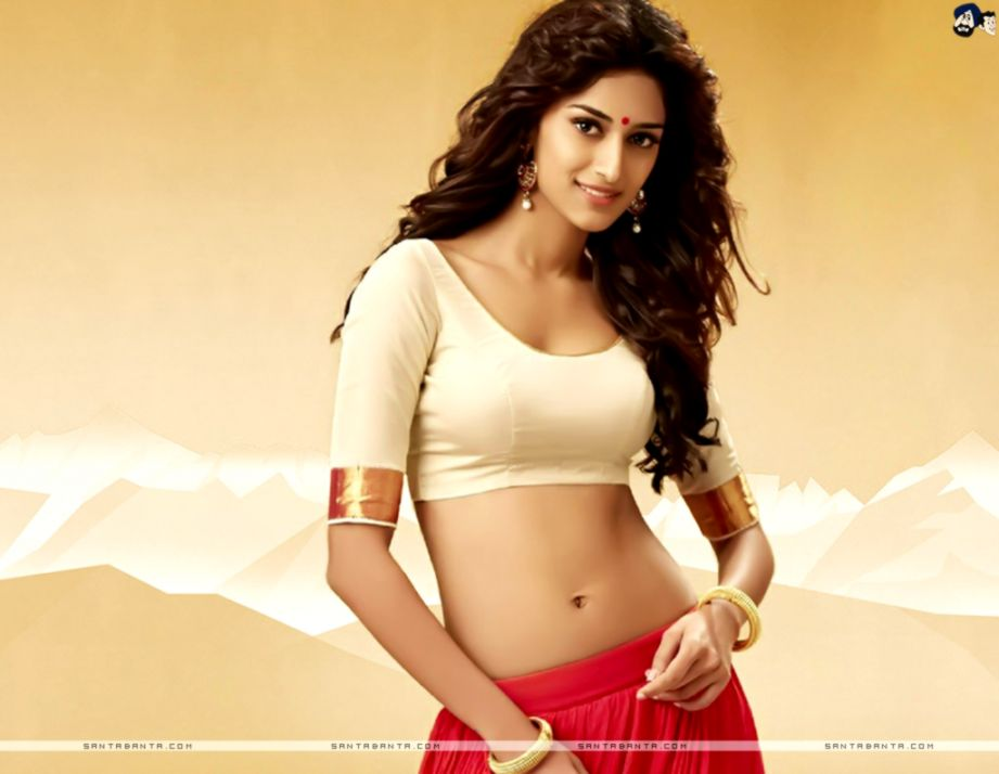 Hot Bollywood Heroines & Actresses Hd Wallpapers I - Erica Fernandes Hot - HD Wallpaper