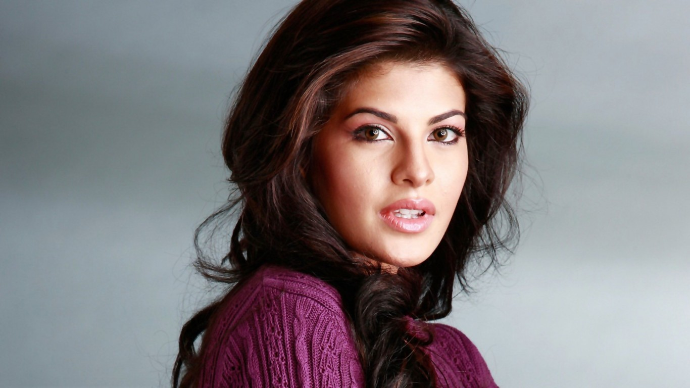 Full Hd Hollywood Actress Wallpapers Hd Wallpapers Jacqueline Fernandez 1366x768 Wallpaper Teahub Io