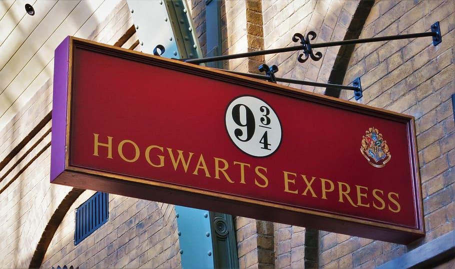 Platform 9 3/4 Hogwarts Express Signage, Harry Potter, - Harry Potter 9 3 4 Wallpaper 4k - HD Wallpaper