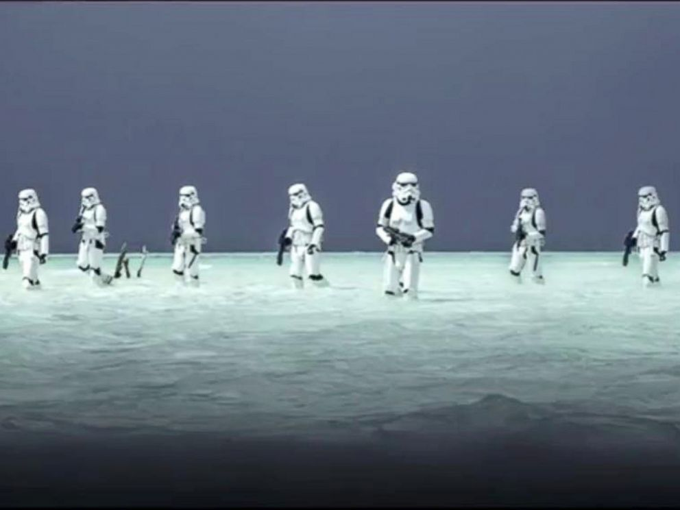 Rogue One Stormtrooper Beach 992x744 Wallpaper Teahub Io