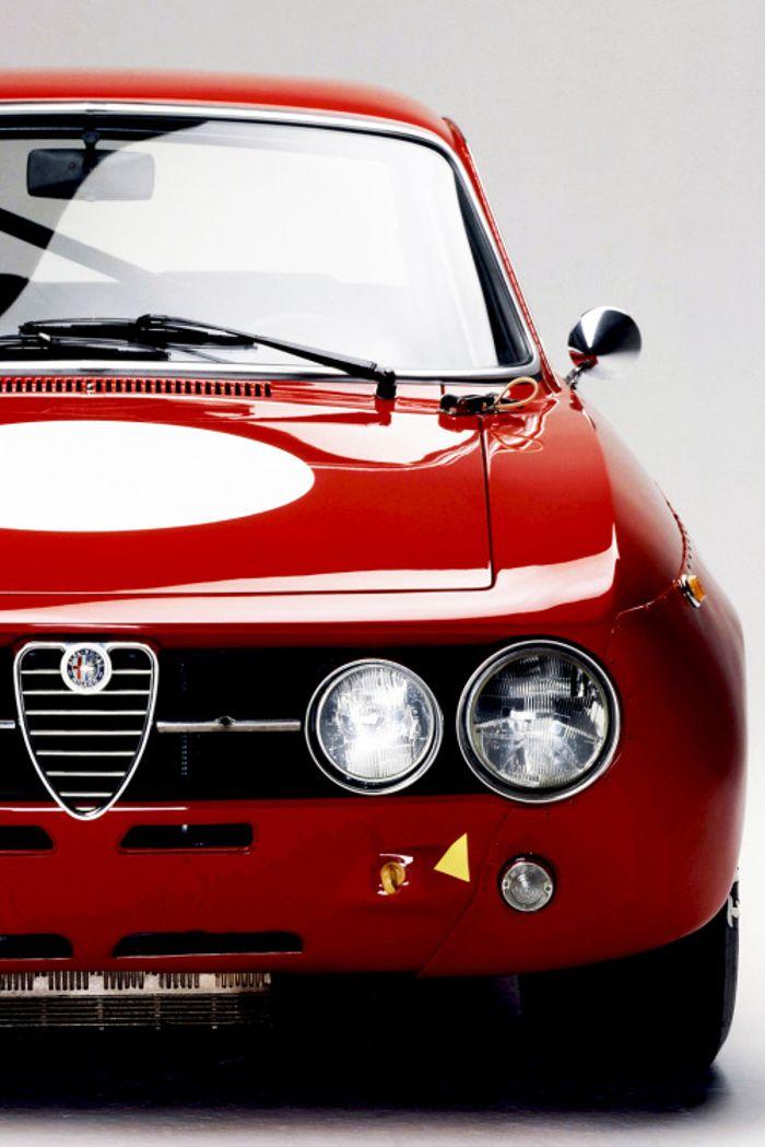 Alfa Romeo Wallpapers 700x1049 Wallpaper Teahub Io