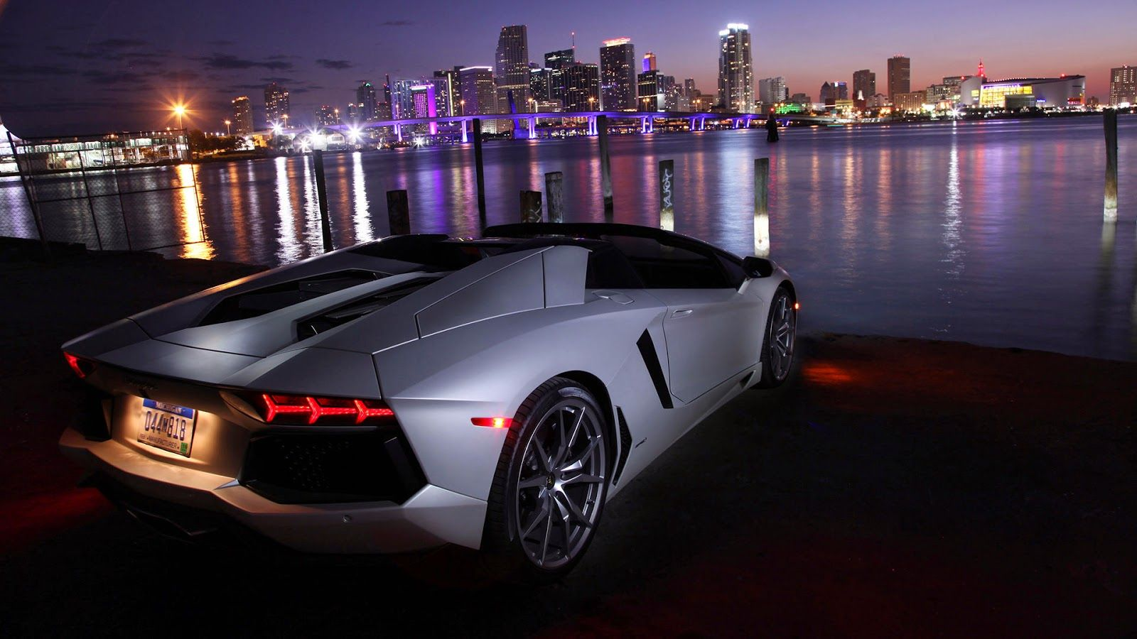 Hd Wallpaper Of Cars For Laptop Cool With Car Wallpapers Cars Wallpaper For Laptop 1600x900 Wallpaper Teahub Io