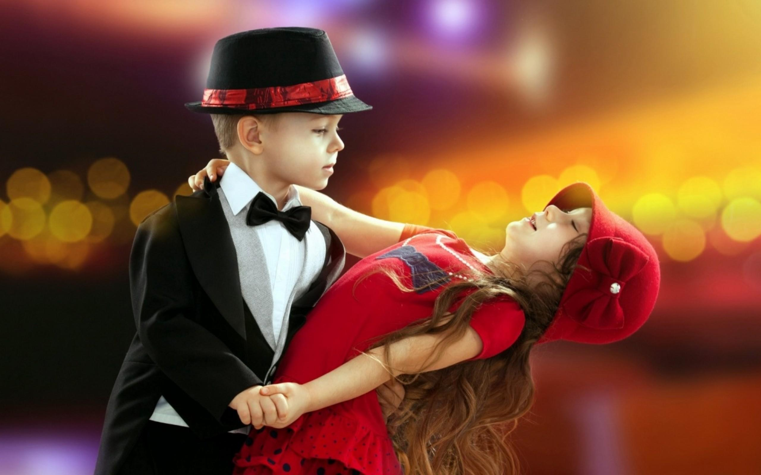 Lovely Boys And Girls - HD Wallpaper