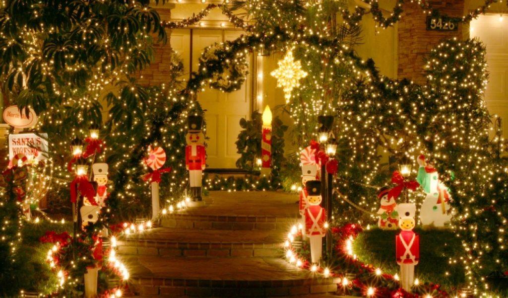 Christmas Wallpaper Tumblr Christmas Tree Background 1024x600 Wallpaper Teahub Io