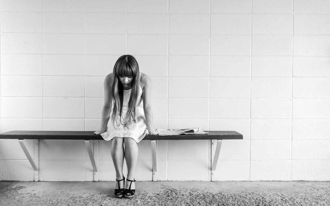 Sad Girl, Sadness, Love Hurt - Depression Black And White - HD Wallpaper