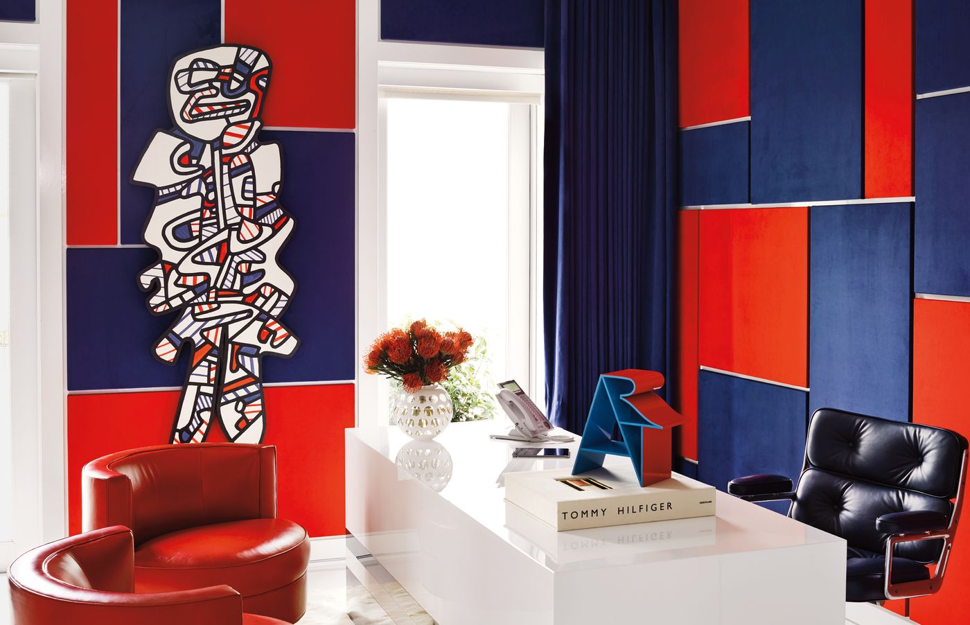 Five Works By Basquiat, Warhol, Dubuffet, Haring And - Tommy Hilfiger Wall Art - HD Wallpaper