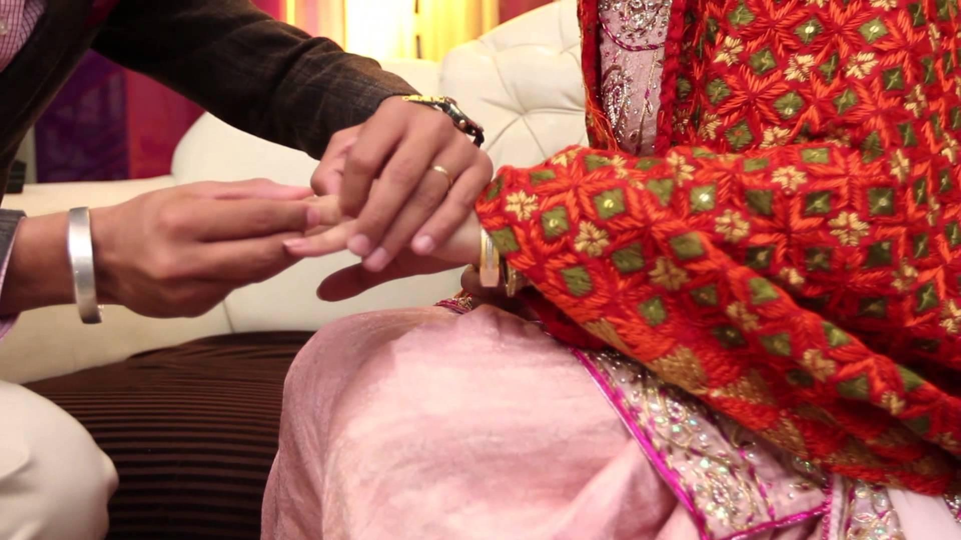Traditional Punjabi Wedding - Punjabi Couple Ring Ceremony - HD Wallpaper