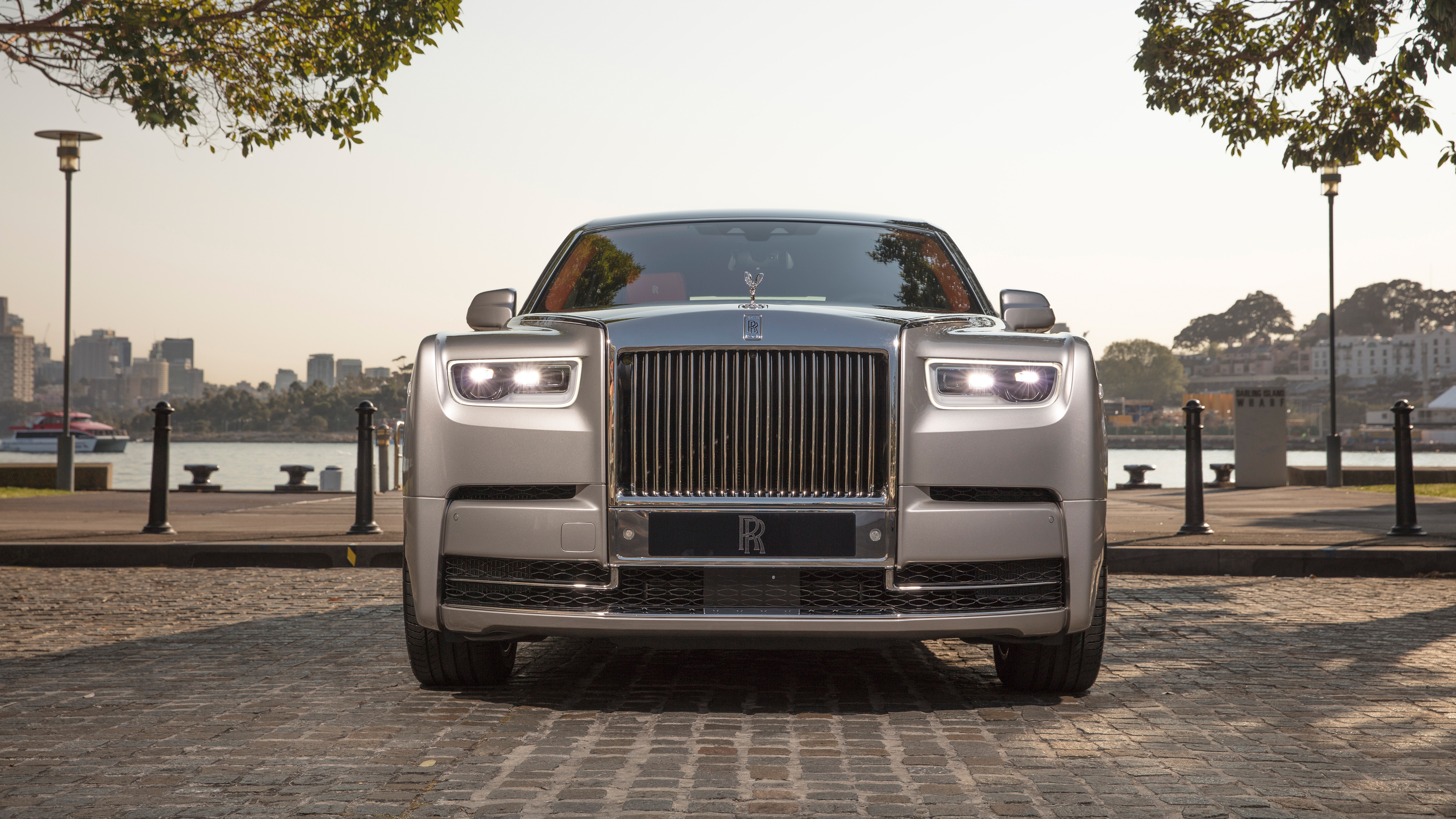 Rolls Royce Phantom Wallpaper 4k 4096x2304 Wallpaper Teahub Io