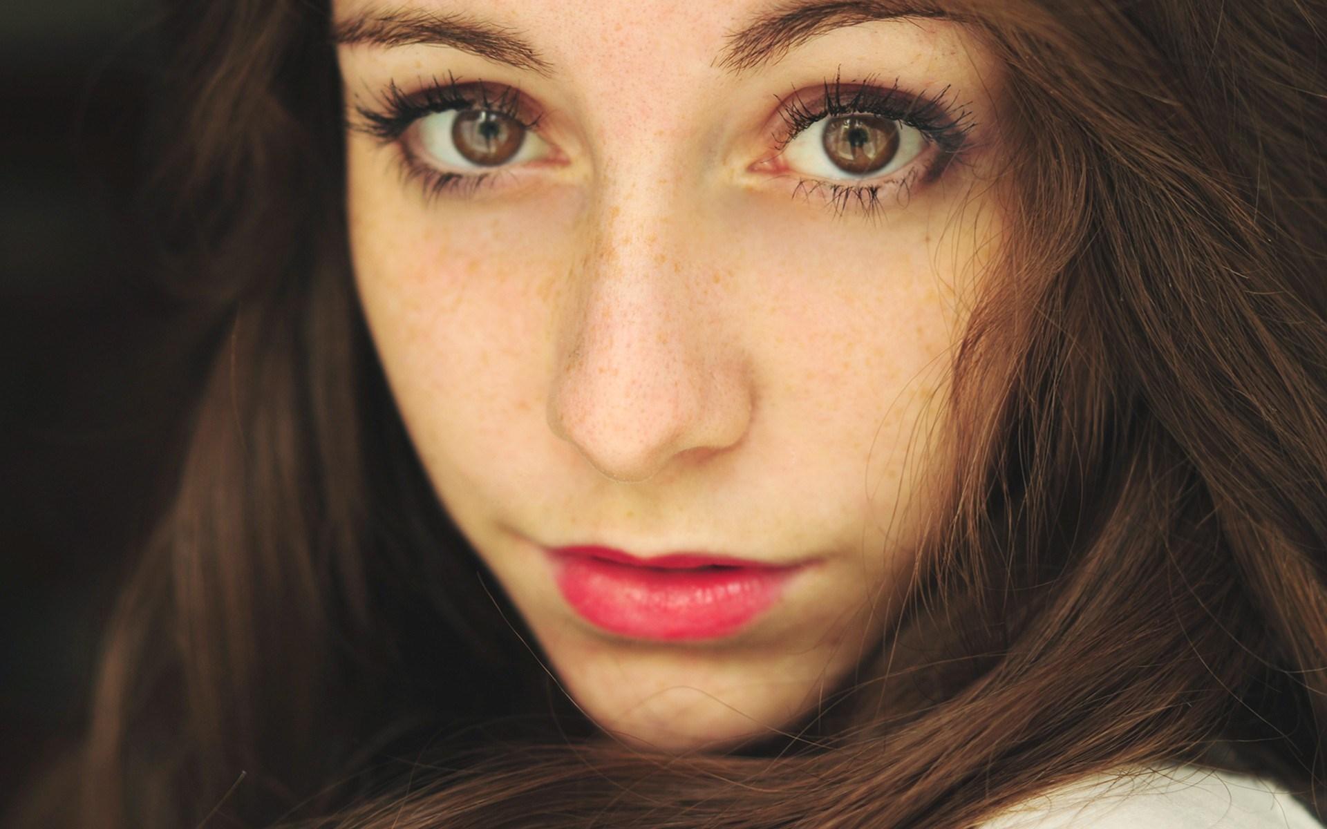 Girl Close Up Photography - HD Wallpaper