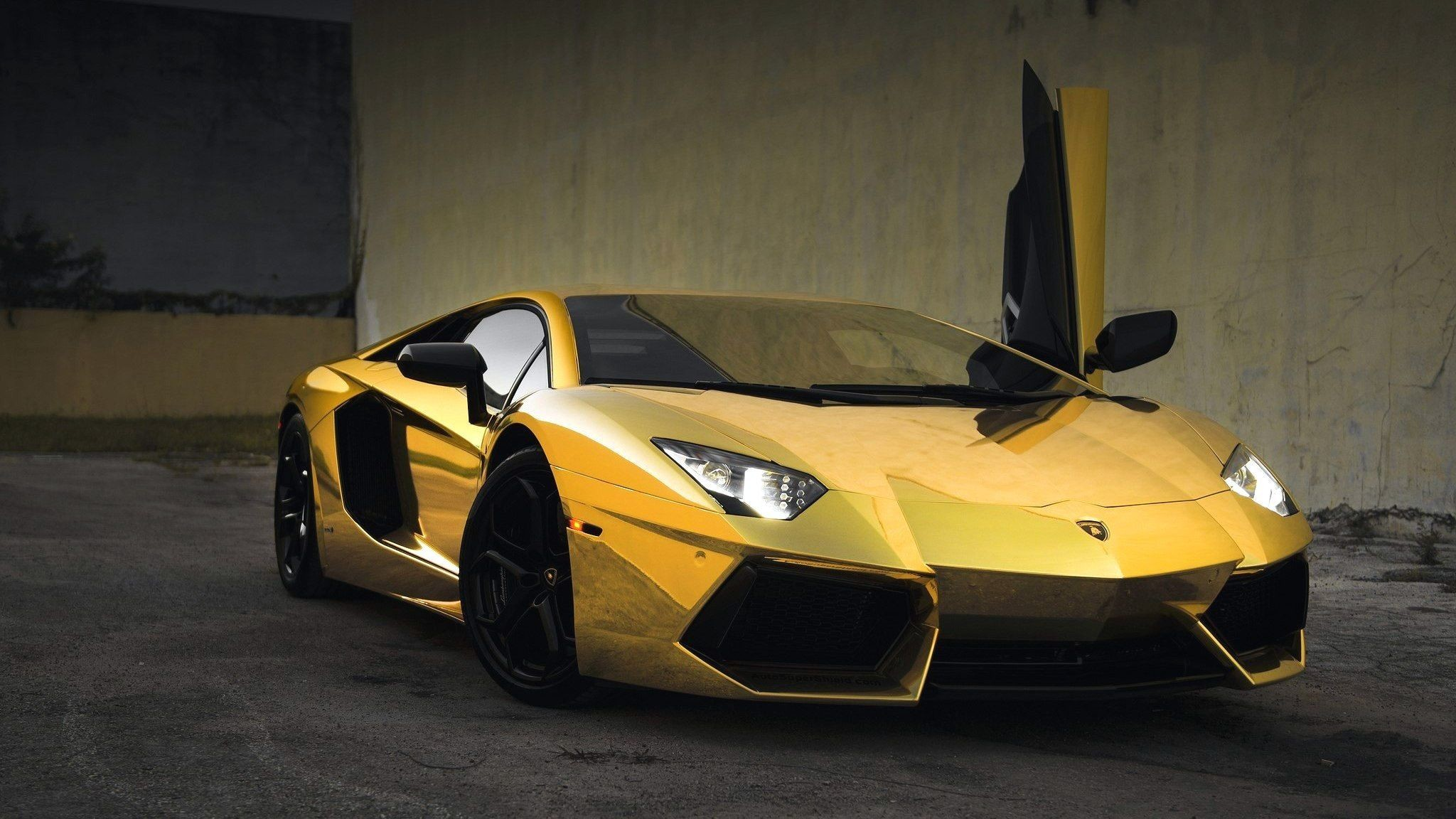 Cool Gold Cars Wallpapers New Gold Cars Hd Wallpapers Gold Cool Wallpapers Cars 2048x1152 Wallpaper Teahub Io