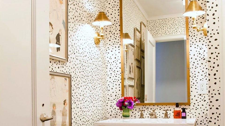 Leopard Print Wallpaper Interior, Leopard Bathroom Ideas
